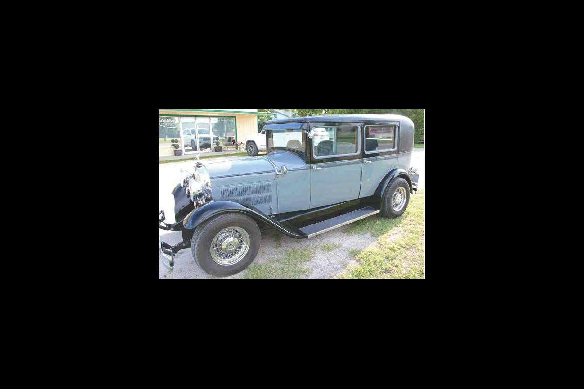 Local collector Donna Taylor has 1929 Essex